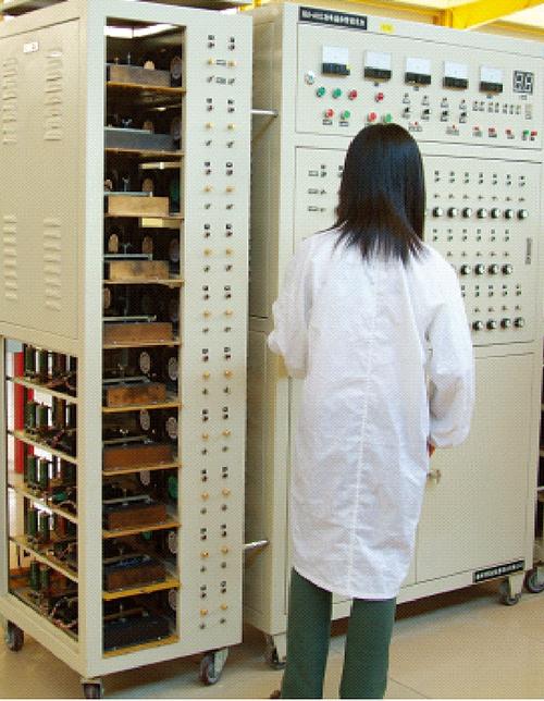大功率晶体管老化系统